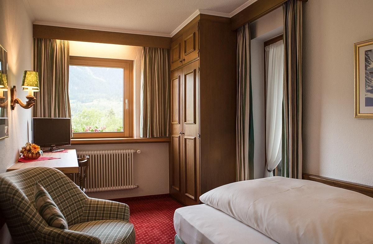 Bekanntschaft mit aufs hotelzimmer